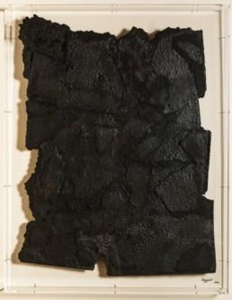 bezzina bernard, divination papier déchiré noir, sculpture bezzina, Galerie d'art Cannes, Galerie Hurtebize, art contemporain, contemporary art, sculpture