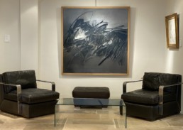 huile sur toile d'andré Marfaing exposé dans un salon